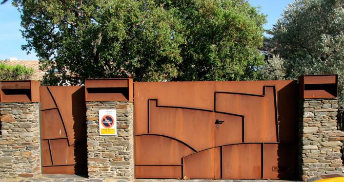 Puerta Casa Bellido-Cadaqués - Hierro corten (2 x 5 m)